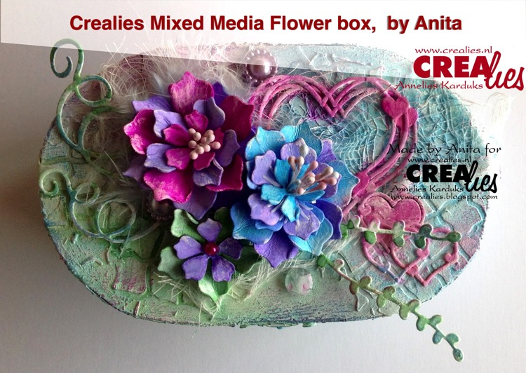 Crealies Mixed Media Bloemen Doosje, by Anita
